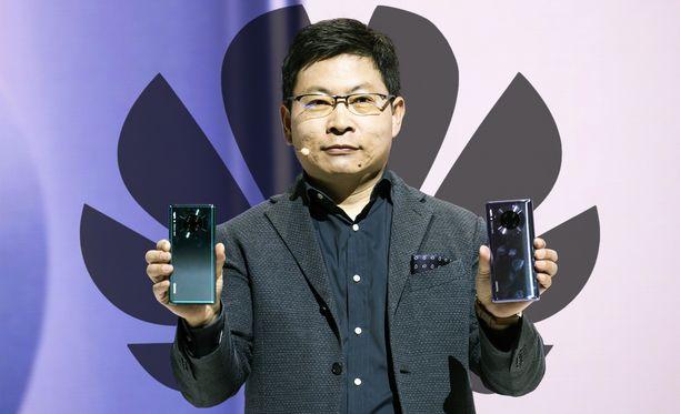 Huawein toimitusjohtaja Richard Yu esitteli yhtiön uusia Mate 30 -puhelimia syyskuussa.