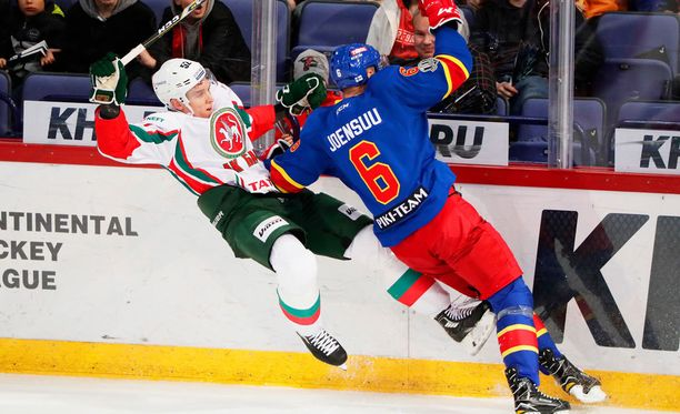 Atte Ohtamaan (vasemmalla) Kazan kävi häviämässä Jokereille.