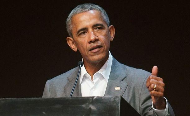 Malia-tyttären yliopistoon lähtö meni Barack Obamalla tunteisiin.