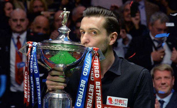 Englannin Mark Selby on voittanut snookerin maailmanmestaruuden.