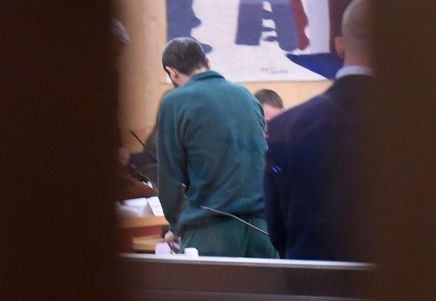 Rahmat Akilov istuu elinkautista tuomiota.