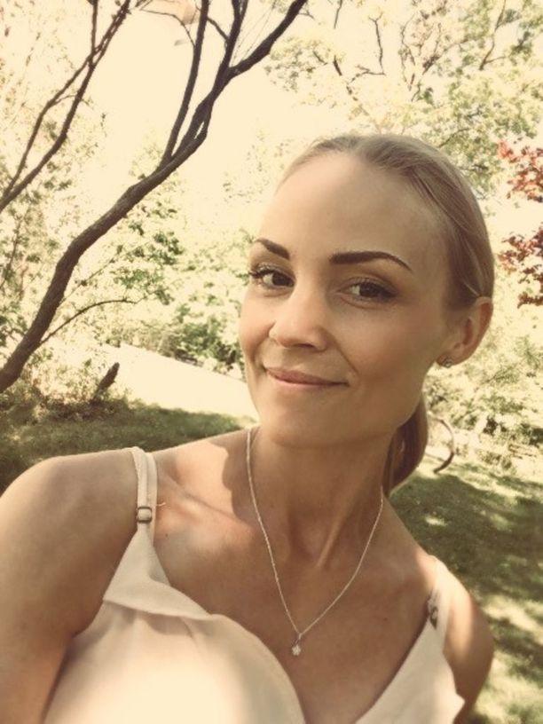 Mari Tammivaara nykyään. Kuva Marin kotialbumista.