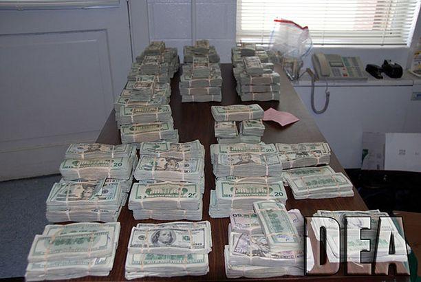 Poliisi takavarikoi lokakuussa Raleighissa Yhdysvalloissa 800 000 dollaria meksikolaisen huumekartellin rahoja.