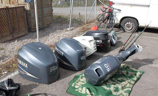 Moottoreita on viety esimerkiksi Espoossa, Asikkalassa, Hollolassa ja Raaseporissa.