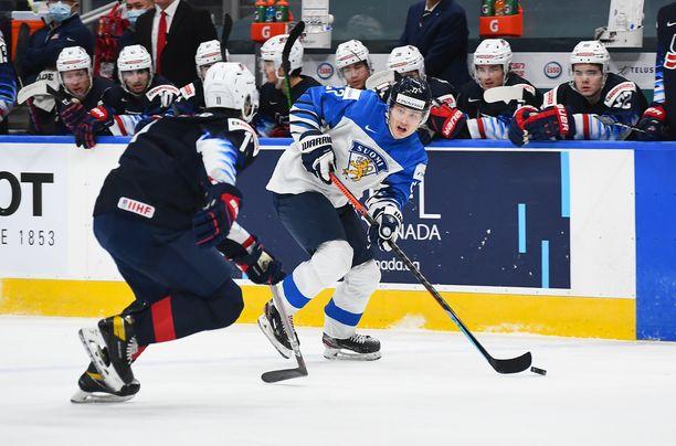 Toronto Maple Leafsin varaus Roni Hirvonen on iskenyt kesäturnauksessa Yhdysvalloissa jo kuusi maalia.