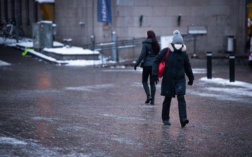 Suomen koronatilanne nyt: 400 karanteeniin yhdestä matkustajasta, Oulussa altistumisia ravintoloista