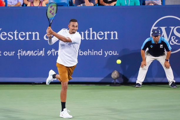 Valmistava turnaus ennen US Openia ei mennyt Nick Kyrgiosilta nappiin.