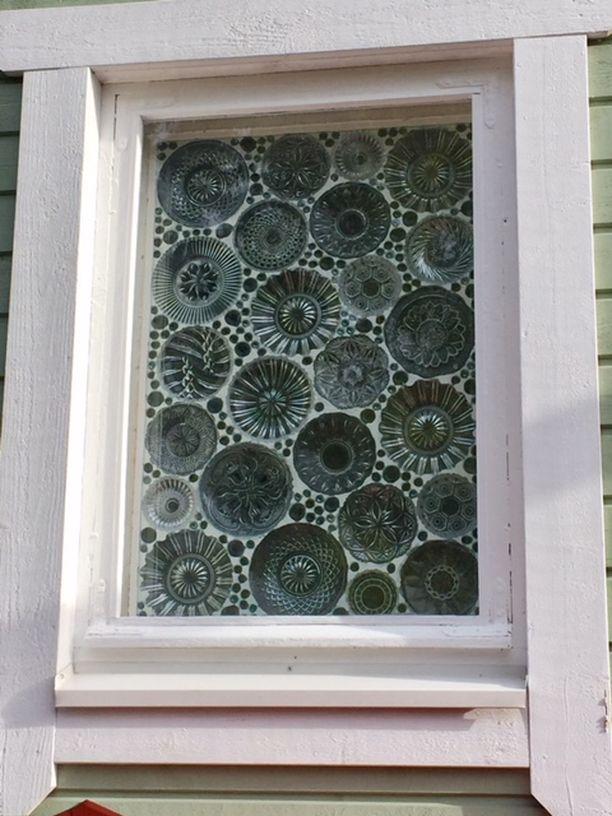 Tältä ikkuna näyttää ulkopuolelta.