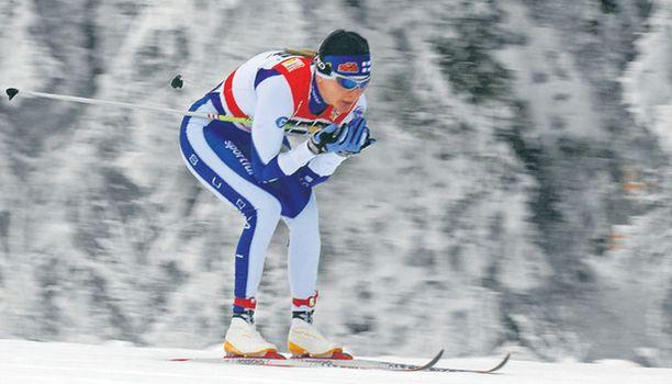 PERINTEISTÄ Virpi Kuitunen voitti 3,3 kilometrin avauskilpailun.