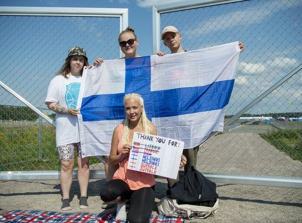 Tässä on suomalaisia Ed Sheeran -superfaneja.