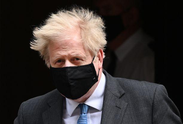 Pääministeri Boris Johnson sanoo maksaneensa kohuremontin itse.