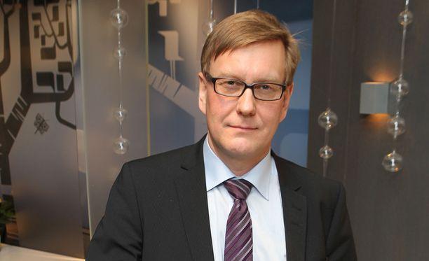Ylen päätoimittaja Atte Jääskeläinen on joutunut kovan kritiikin kohteeksi.