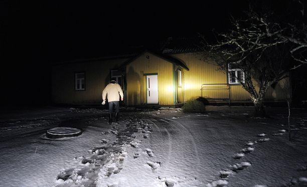 Somerolla kamppailtiin kymmenen päivää kestäneen sähkökatkoksen kanssa vuonna 2012, kun Tapani-myrsky iski.