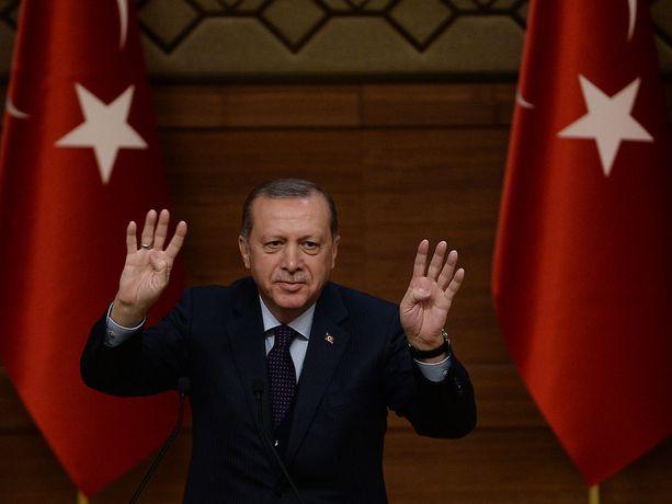 Presidentti Erdogan kuvattuna Ankarassa keskiviikkona.