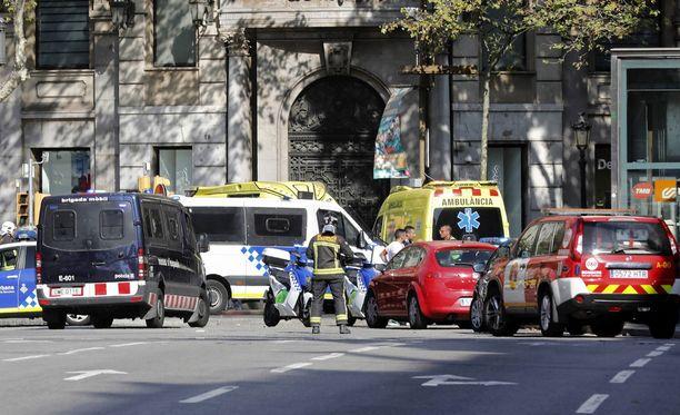 Torstain terrori-iskussa kuoli ainakin 13 ihmistä ja yli 100 loukkaantui.