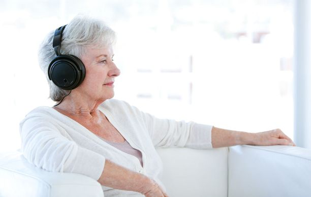 Esimerkiksi aivoverenkiertohäiriöihin liittyvä tutkimus on todennut musiikin kuuntelemisen nopeuttavan potilaan paranemista.