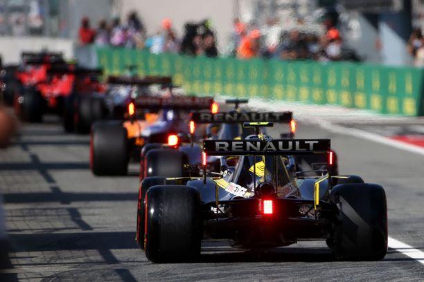 Monzassa kuskit halusivat imuavun toisista autoista.