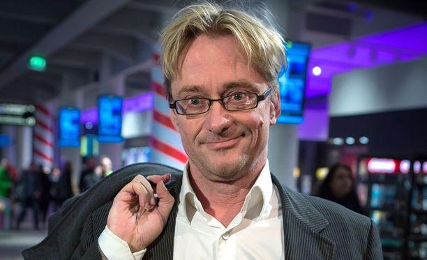 Viestintätoimistopomo Mikael Jungner.