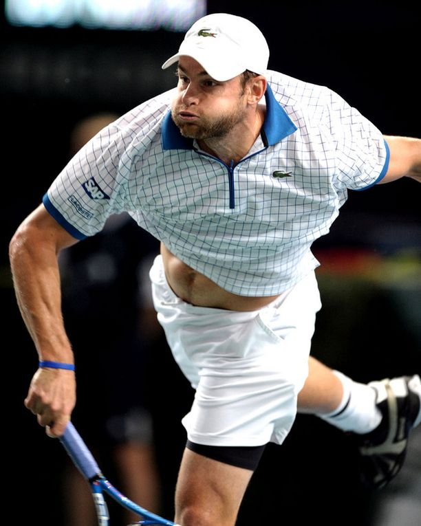 PAM! Andy Roddickin syötöt upposivat Niemisen puolelle lähes vastustamattomalla tavalla.