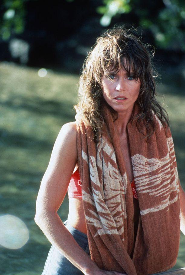 Fonda näytteli isänsä Henry Fondan kanssa Kultalampi-elokuvassa vuonna 1981. Elokuva toi isälle Oscar-palkinnon ja tyttärelle ehdokkuuden.
