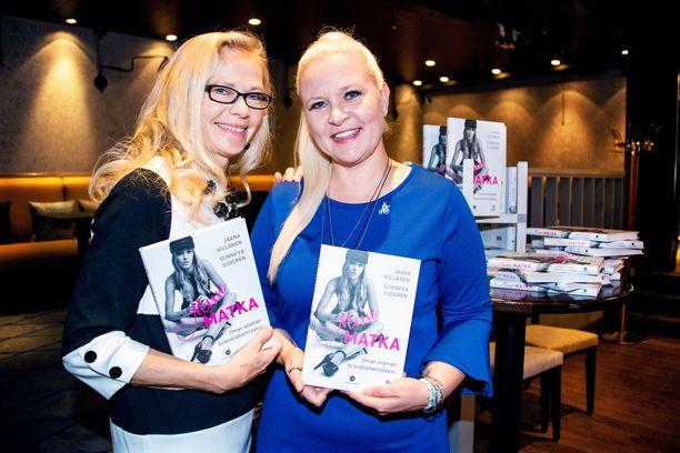 Jaana Villasen ja Sunneva Sjögrénin yhteistyöstä syntyi Missimatka oman elämän brändilähettilääksi -kirja.
