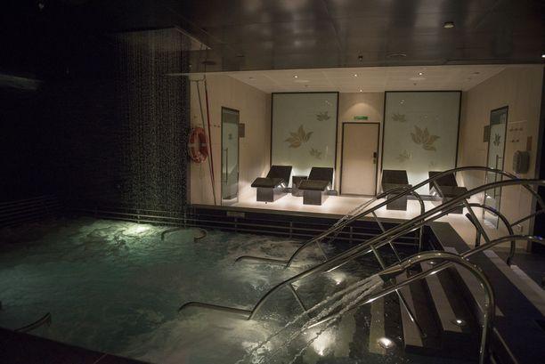 Kylpylässä tarjotaan erilaisia hoitoja, joilla matkalla rentoutuu taatusti.