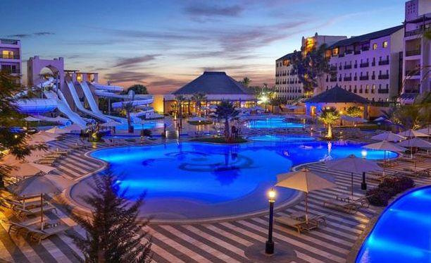 Steigenberger Aqua Magic, jossa Cooperit asuivat, on viiden tähden hotelli Hurghadassa.