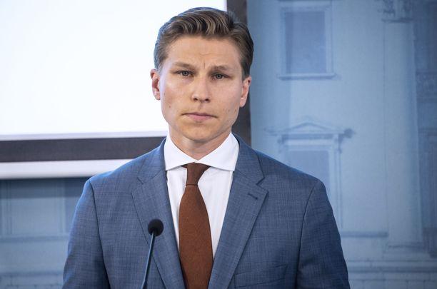 Oikeusministeri Antti Häkkänen vieraili aamulla Ylen Aamu-tv:ssä. Arkistokuva.