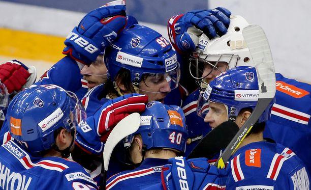 Gagarin Cupin hallitseva mestari Pietarin SKA pudotti Moskovan Dynamon voitoin 4-2.
