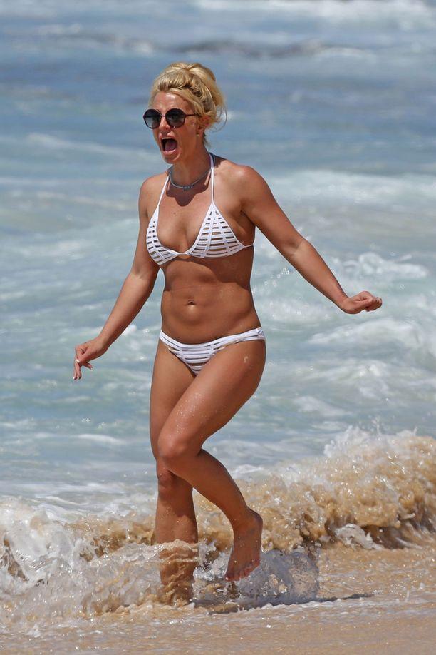 Britney Spears on treenannut itsensä upeaan kuntoon.