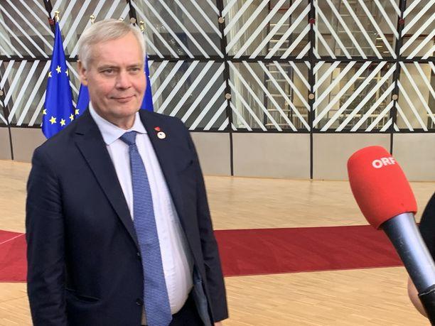 Pääministeri Antti Rinne (sd) kommentoi brexit-sopimusta torstaina Brysselissä.