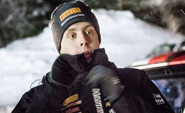 Teemu Asunmaa voitti Seinäjoella ajetun SM-rallin.