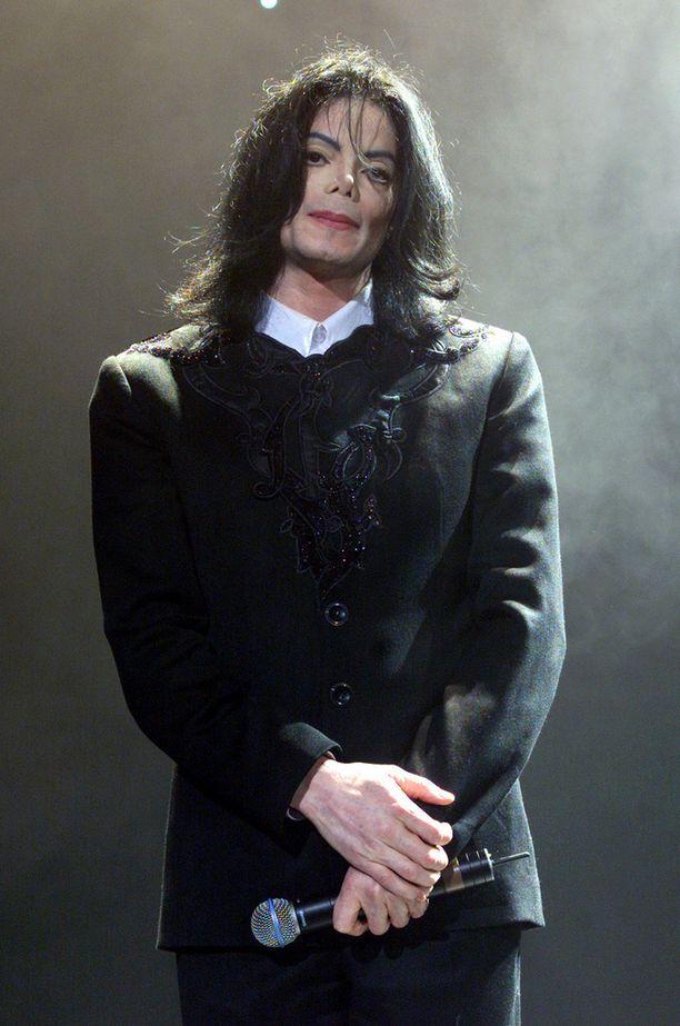 Michael Jackson kuoli 50-vuotiaana. Kuva vuodelta 2001.