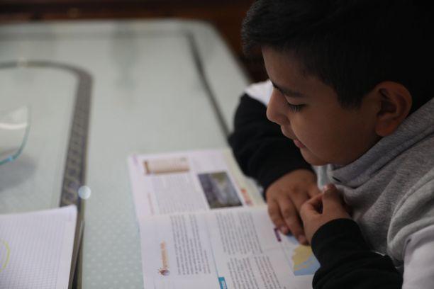 Meksikolaiset oppilaat aloittavat kouluvuotensa etänä.