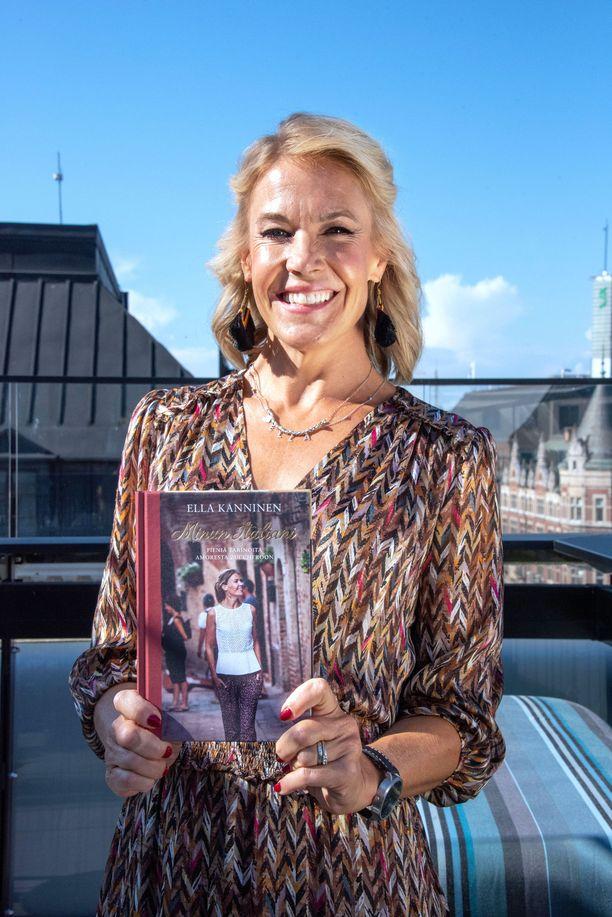Ella Kanninen julkaisi vuosi sitten Minun Italiani -kirjan.