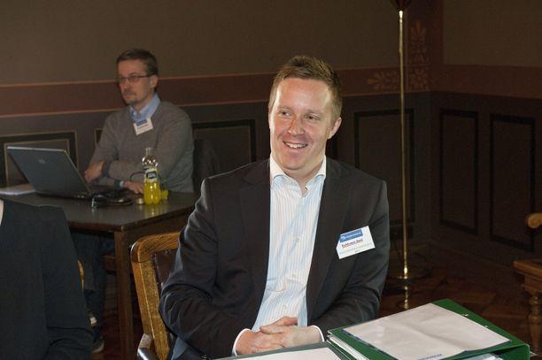 Jussi Kekkonen hallitusneuvotteluissa toukokuussa 2011. Kekkonen on nykyään Miltton Groupin ja Miltton Networksin osakas.