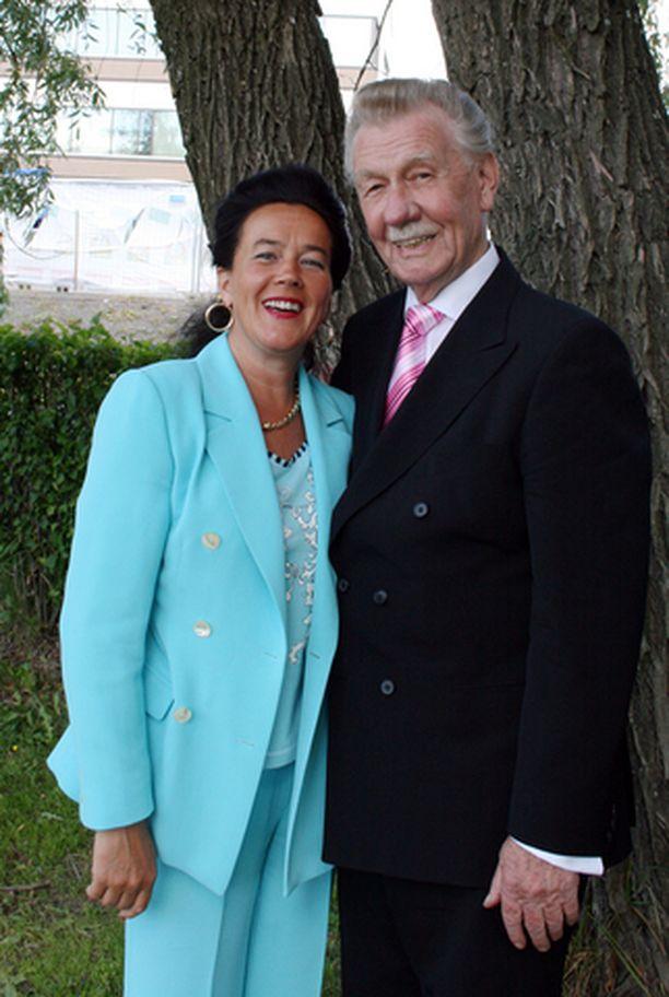Leena ja Åke Blomqvist ovat ansioituneet tanssin saralla.