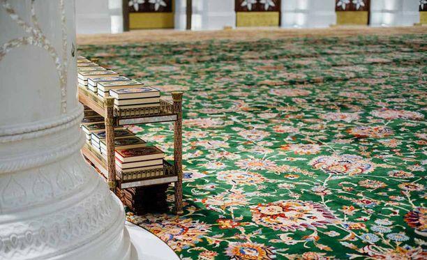 Sheikki Zayedin moskeijan koraaneja.