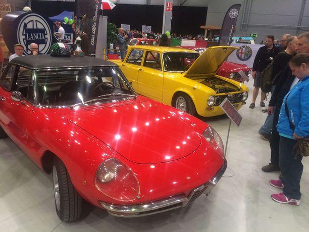 Alfa-hehkua Alfa Romeon osastolla.