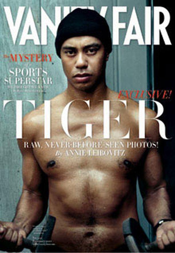 Tiger Woors poseeraa Vanity Fair -lehden helmikuun numerossa.