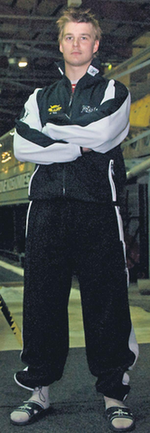 Jarkko Immonen (oik.) uskoo piskuisen SaiPan saumoihin jokaisessa ottelussa - myös suurseuroja kuten Jokereita vastaan.