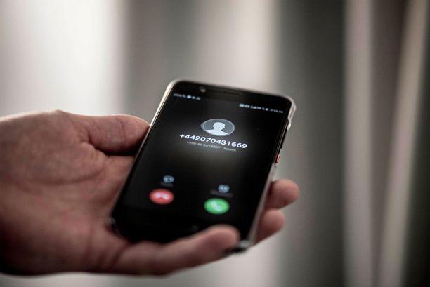 Arviolta kymmenet tuhannet suomalaiset ovat saaneet alkuvuoden aikana outoja +44-alkuisista numeroista tulleita puheluita.
