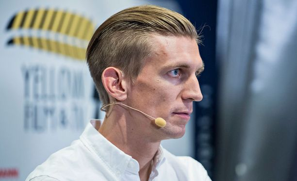 Jarkko Niemisen debyytti Salibandyliigassa lykkääntyy.