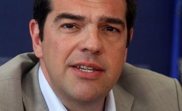 Kreikan pääministeri Alexis Tsipras syyttää kansainvälisten lainaajien leikkauksia poliittisiksi.
