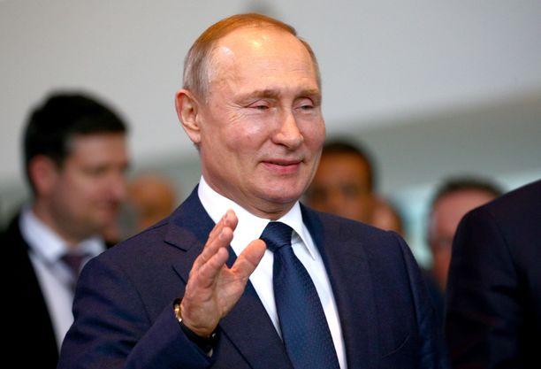Vladimir Putin on presidenttinä vuoteen 2024 saakka.