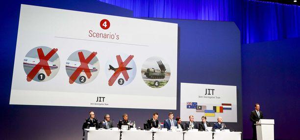 Kansainvälinen tutkimusryhmä julkisti keskiviikkona Hollannissa raportin MH17-lennon putoamisesta.