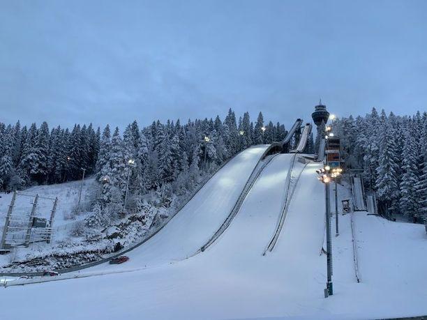 Kuopio päätti sulkea sisäliikuntapaikat perjantaina. Syynä on koronavirustilanteen pahentuminen.