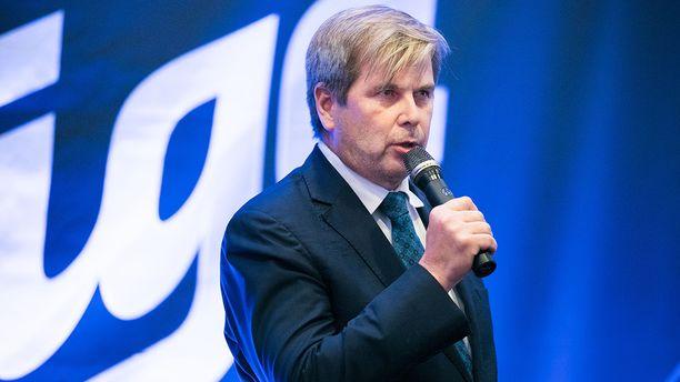 Liigan puheenjohtaja Heikki Hiltunen muistuttaa huippukiekon sarjajärjestelmien haasteista.