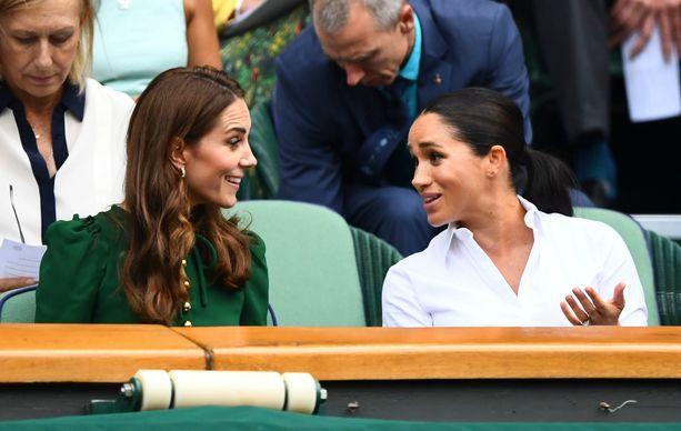Herttuatar Catherine ja herttuatar Meghan edustavat harvoin yhdessä. Kuva kesältä 2019.