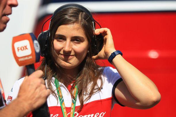Kolumbialainen Tatiana Calderón on palkattu Sauberin organisaatioon.